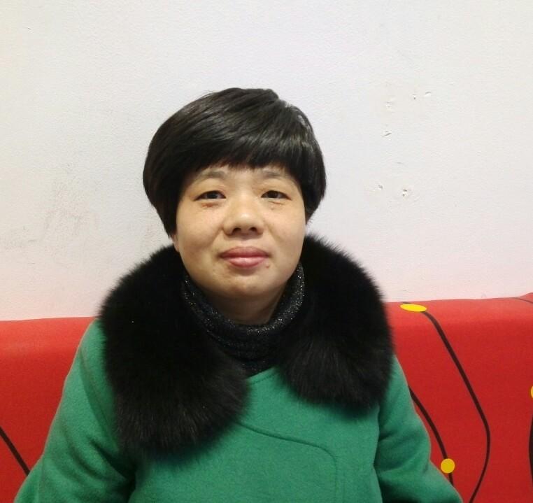 吴兰萍82287037